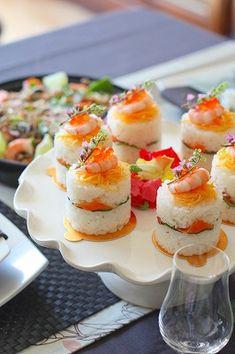 デコちらし寿司 : 子供も喜ぶパーティー【デコちらし寿司】♪ひな祭りケーキ風に!『カップちらし寿司』レシピまとめ - NAVER まとめ