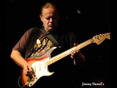 Walter Trout So Afraid Of The Darkness - YouTube