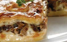 Κρεατόπιτα με 2 τυριά Greek Pita, Eat Greek, Greek Recipes, Pie Recipes, Cooking Recipes, The Kitchen Food Network, Greek Cooking, Pitta, Kitchens