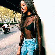 street-style-jeans-transparencia-top-aparente