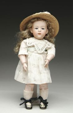 I would love to have this doll. Gebruder Heubach