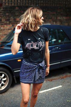 Le Fashion Blog Summer Style Wavy Hair Vintage Band Tee Orange Watch Tie Front Bandana Print Skirt Short Via Adenorah