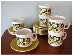 1980's Staffordshire mug set with sausers by DollybirdRetro.