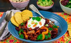 Chili sin carne I Want To Eat, Guacamole, Stew, Chili, Vegan Recipes, Vegan Food, Good Food, Vegetarian, Dining