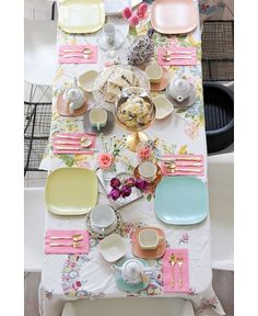 9 BITS OF BRUNCH DECOR INSPIRATION TO TIE EVERYTHING TOGETHER