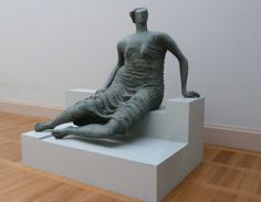 Draped Seated Figure 1957‑8, Henry Moore Henry Moore, Mother And Child, Bronze Sculpture, Figurative Art, Textile Art, Female Bodies, Art History, Amazing Art, Sculpting