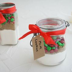 #RecipeoftheDay: kat4 has your Christmas gift ideas sorted with her M&M Cookies in a Jar.