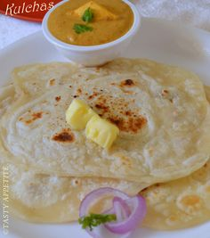 How to make Kulchas at home ( yeast free ) / Simple Kulcha recipe / Indian FlatBread:
