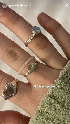 Nail Jewelry, Cute Jewelry, Jewelry Rings, Jewelry Accessories, Mode Pastel, Piercings, Nail Ring, Accesorios Casual, Cute Rings