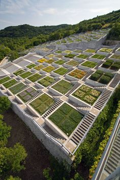 Awaji Island's Breathtaking Architecture - Hundred Step Garden (百段苑)