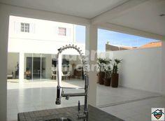 Casa Residencial Meirelles - Valor: R$360.000,00 - Terreno: 208m² - Área Útil: 190m² - Dormitórios: 02 - contato@queroumcanto.com.br