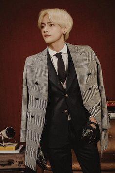 bts v kim taehyung fanart Bts Taehyung, Taehyung Fanart, Bts Bangtan Boy, Suga Suga, Daegu, Foto Bts, Bts Photo, Taekook, Kpop