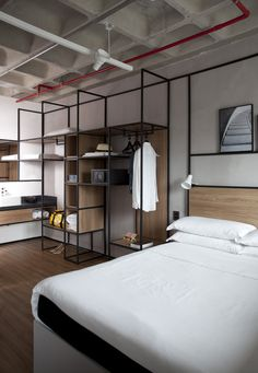 hotel room Gallery of Ibis hotels - New concept / FGMF Arquitetos - 15 Muebles Home, Casa Hotel, Hotel Safe, Photo Deco, Hotel Room Design, Hotel Concept, Urban Loft, Hotel Reservations, Decoration Design