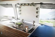 Good idea for a extended working area when you are not cooking