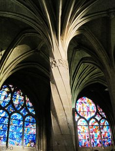 St-Séverin Church in the Latin Quarter in Paris - Flamboyant Gothic twisted pillar in the double deambulatory