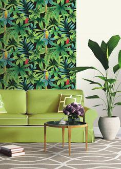Papier peint tropical: toutes les nouveautés pour une déco exotique - Marie Claire Maison Estilo Tropical, Cosy Interior, Interior Decorating, Interior Design, Tropical Interior, Tropical Design, Mid Century Design, Trends, Decoration