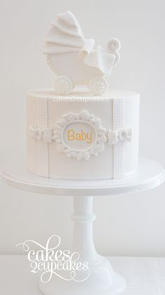 A couple of years ago I made Jess's wedding cake. Now I had the privilege of creating a baby shower cake for her. Torta Baby Shower, Baby Shower Cupcakes, Shower Cakes, Baby Shower Parties, Baby Showers, Baby Boy Cakes, Girl Cakes, Fondant Cakes, Cupcake Cakes