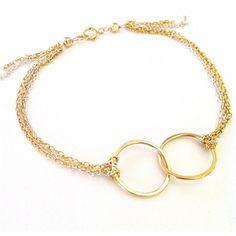 RockaBella Jewels — Interlocking Chain Bracelet ❤ liked on Polyvore featuring jewelry, bracelets, accessories, tops, jewels jewelry and chain jewelry