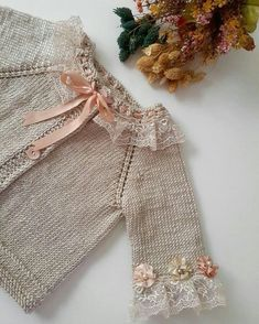 950 Likes, 23 Comments - ÖrgüRavelry: Round Yoke Cardigan pattern by OGE Knitwear DesignsPin by Sevim Çağlar on sevinçThis Pin was discovered by NebUse my microfiber tops for thi Baby Knitting Patterns, Knitting For Kids, Knitting Designs, Crochet Pattern, Knitted Baby Cardigan, Cardigan Pattern, Knit Vest, Diy Crafts Knitting, Baby Sweaters