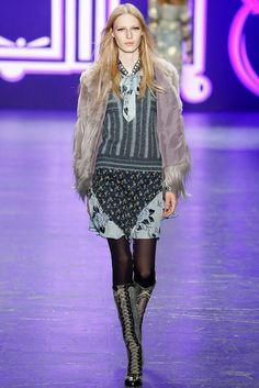 Anna Sui Fall 2016 Ready-to-Wear Fashion Show
