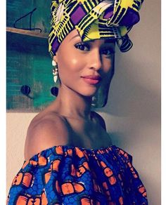 We're style crushing on @asliceofchloe who looks stunning in her headwrap by Royal House of Wraps and top from Ray Darten  • #TB to the Zuvaa Pop Up in #Oakland • visit zuvaa.com/tour for our upcoming dates! Next stop: #Chicago!