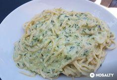 Cukkinis-mascarponés spagetti