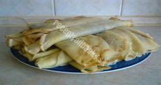 palacsinta***Recipe is in Hungarian- Memories, My Gram use to make these for my brother and me. Slovak Recipes, Czech Recipes, Hungarian Recipes, Ethnic Recipes, Czech Desserts, Easy Healthy Recipes, Easy Meals, Eastern European Recipes, Goat Cheese Salad