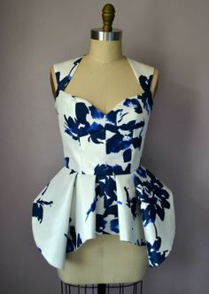 Cut out Blue And White Floral Print Peplum Top