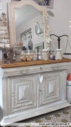 Lecture d'un message - mail Orange Refurbished Furniture, French Furniture, Old Furniture, Upcycled Furniture, Painted Furniture, Home Decor Colors, Colorful Decor, Shabby Chic Accessories, White Sideboard
