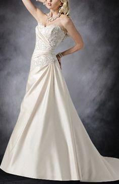 Sweep/ Brush Train Sweetheart Sleeveless Wedding Gowns