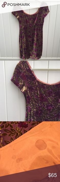 Jill Stuart Vintage Velvet Dress Vintage Jill Stuart Velvet mini dress. Size 6. True to size. Spot on the inside lining but it is underneath the dress and will likely come out very easily. Jill Stuart Dresses Mini