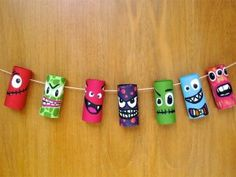 Have a toilet paper roll? Don't toss or recycle. Here are some easy toilet paper roll crafts ideas that you can teach your preschooler or older kid. Bricolage Halloween, Diy Halloween, Theme Halloween, Adornos Halloween, Manualidades Halloween, Halloween Ornaments, Halloween Crafts For Kids, Halloween Decorations, Halloween Night