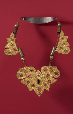 Indonesia ~ Bali   Necklace; gold, silver, rubies, diamonds and sapphires   19th century     {GPA}