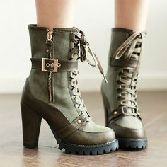 Price:$50.99 Color: Brown/Green Retro Pure Color Strap Lace-up High-heeled Boots
