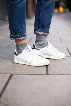 Stan Smiths w/ turned-up jeans & socks