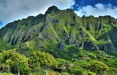 Home is where the Ko'olau Mountains are (kstrebor, via Flickr.com)