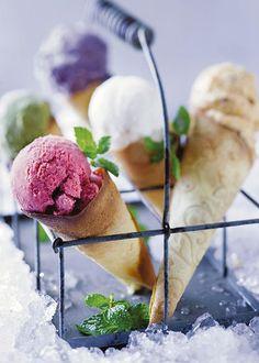 Ice cream corns | Roomys-horinkies Yummy Ice Cream, Ice Cream Recipes, Creamed Corn, Desserts, Rose, Tailgate Desserts, Deserts, Pink, Dole Whip Recipes