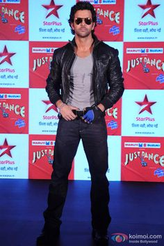 Check out pictures of Hrithik Roshan. Dhoom 2, Perfect Body Men, Bollywood, Reality Tv Stars, Most Handsome Men, Actor Photo, Hrithik Roshan, Indian Celebrities, Just Dance