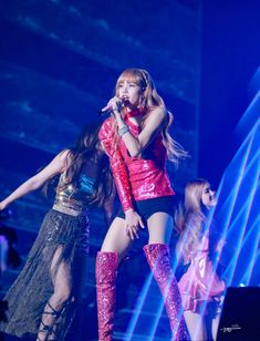 Blackpink In Your Area Seoul Jennie Lisa, Blackpink Lisa, Yg Entertainment, K Pop, South Korean Girls, Korean Girl Groups, Bangkok, Solo Album, Jenny Kim