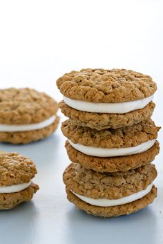 Giant Oatmeal Cream Pies have a creamy vanilla buttercream center. Totally gorgeous.
