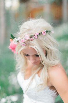 sweet & whimsical flower crown