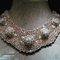 Amazing @niravmodijewels via @fleabie_queen !! #highjewelry #finejewelry #hautejoaillerie #art #diamond #gold #jewelry #love #luxury #luxuryjewelry #luxurydesign #luxurystyle #jewelry #followme #style #instagood #instalike #instamood #instadaily #instagram #instafollow #inspiration #queen #royal #fabulous #amazing #beautiful #dream #happy #girl