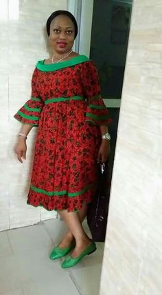 Are you a fashion designer looking for professional tailors to work with? Gazzy Consults is here to fill that void and save you the stress. We deliver both local and foreign tailors across Nigeria. Call or whatsapp 08144088142 Short African Dresses, African Print Dresses, African Lace, African Print Fashion, Africa Fashion, African Fashion Dresses, African Women, African Fabric, Women's Fashion