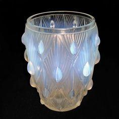 sabino glass art pics   Sabino Art Deco Opalescent Glass Vase image 4