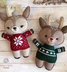 Ha szeretsz  horgolni,szereted az egyedi és kedves horgolt plüssfigurákat és  szereted a nagyobb kihívást jelentő feladatokat is, akkor ezt az aranyos,  horgolt karácsonyi pulóveres rénszarvas babát  neked találták ki! Ez a kedves  horgolt rénszarvas  apró részleteiből adódóan ugyan ...