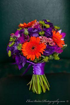 colourful wedding bouquet, orange wedding bouquet, perpule wedding bouquet