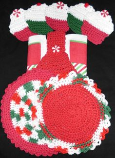 """Crochet Dishtowel with Crochet Topper 2 Crochet dishtowels 5 Cupcake Coasters L@@K!   The round crochet dishtowels are different sizes I measures 10"""" the other 11""""   All hand made by me Joni .100% cotton (Sugar and Cream Thread)   2 Washcloths   5 coasters   1 Dishtowel with Crochet topper"""