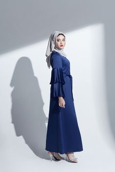 ANNALINAR | ฮิญาบ ชุดมุสลิม ชุดอิสลาม abaya gown pleated sleeve navy blue maxi long dress modest islamic clothing muslimah fashion