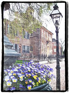 Spend A Day in Old New Castle this Saturday for the oldest home and garden tour in the United States! Enjoy the 88th year of this event by exploring gardens and private homes from the 18th Century!