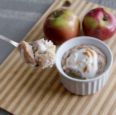 5 Minute Microwave Apple Cinnamon Mug Cake